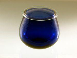 Guida all'assaggio dell'olio di oliva per capire la qualità.