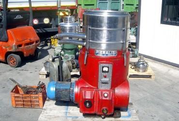 Cerco separatore centrifugo a scarico automatico di Pieralisi o Alfalaval