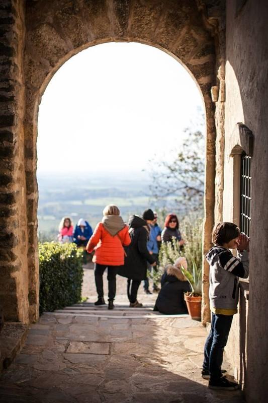 passaggiata-tra-oliveti-e-castelli-umbri