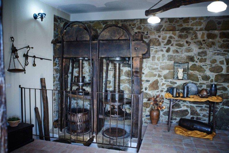 museo-olio-colobraro